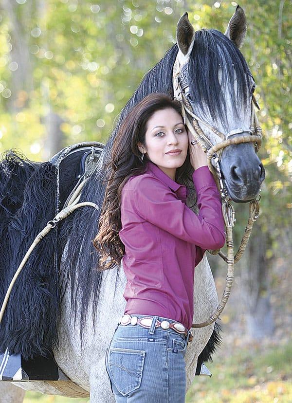 Peruvian horse cowgirl magazine