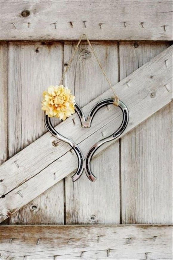 Horseshoe shaped heart
