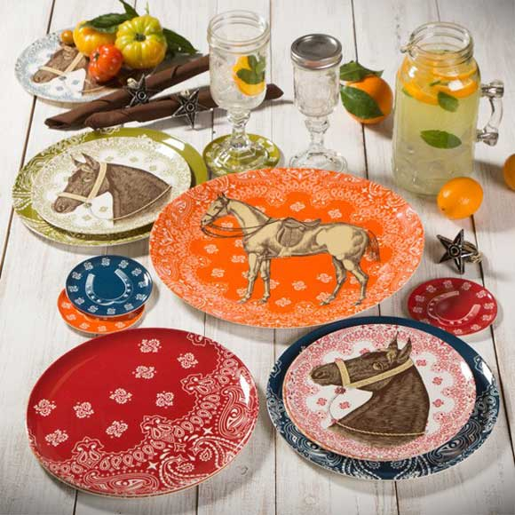 Looking for some new dinnerware? This beautiful collection of melamine dishes features bandana prints vintage horse heads and horse shoes. & Ranchero Melamine Dishes - Cowgirl Magazine