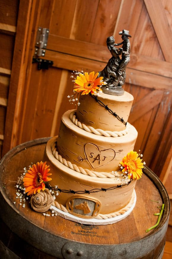 7 Rustic, Country Inspired Wedding Cakes For Your Big Day | Whiskey Riff