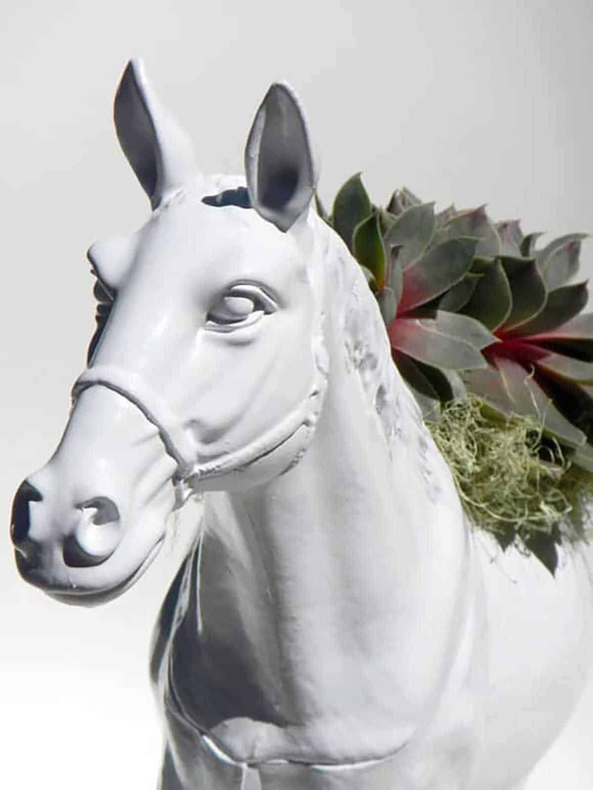 Horse-Planter-in-White