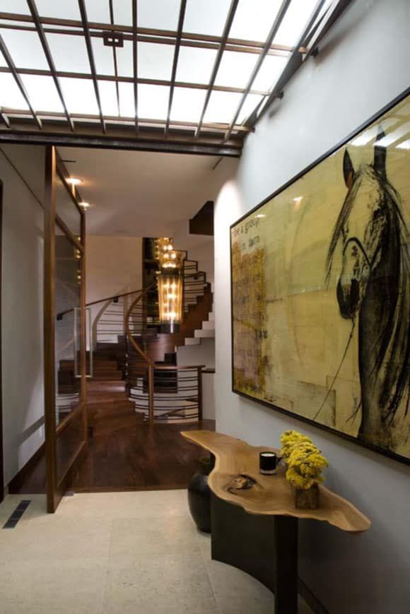 horse art in the hall
