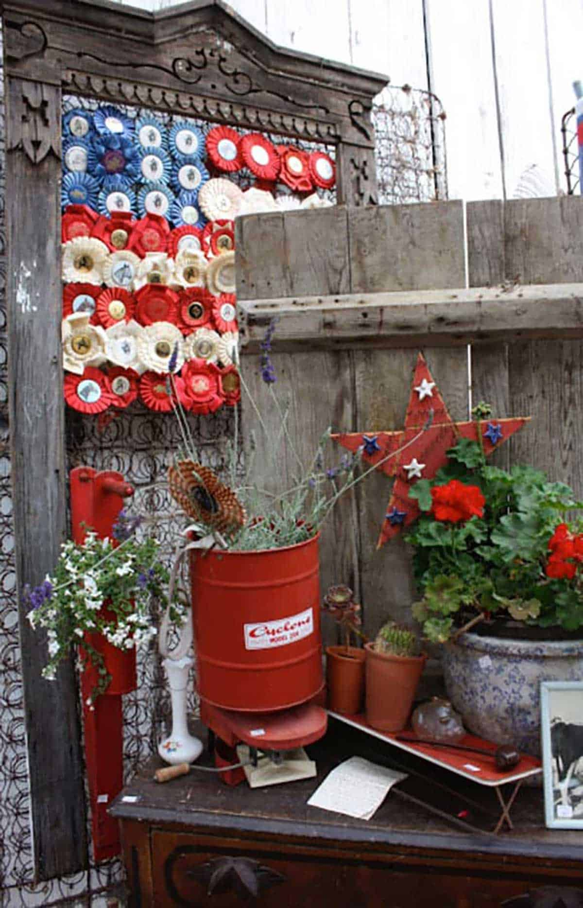 4th-of-July-Corner-with-Ribbons