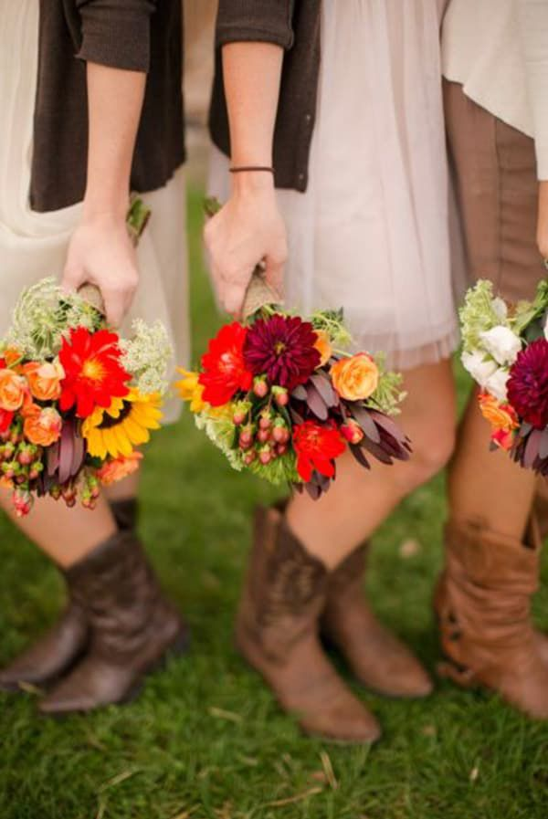Fall-Bouquet-and-Cowboy-Boots