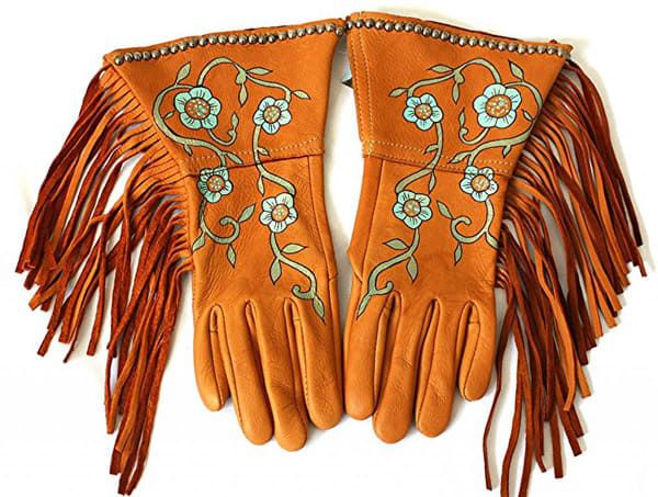 Patricia Wolf Deerskin Fringe Gloves