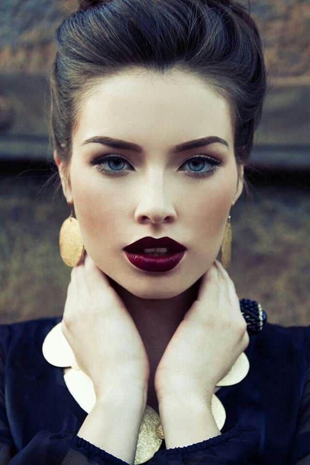 cowgirl-dark-lips