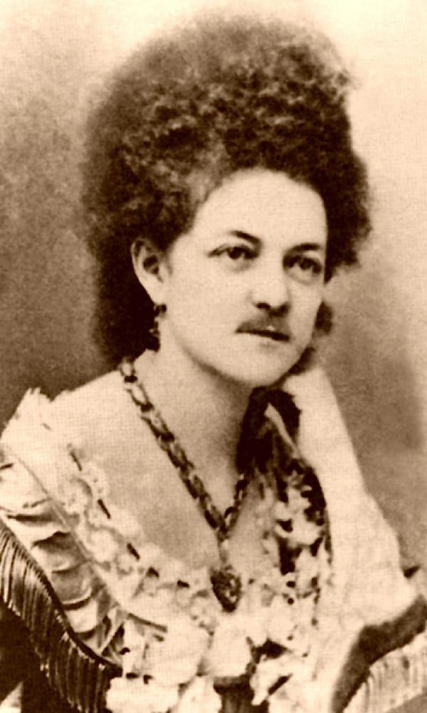 Eleanor-Dumont-(Madame-Moustache)