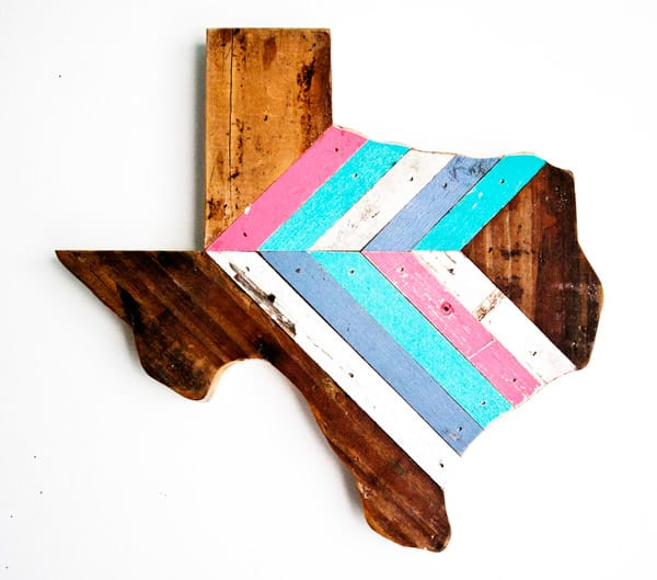 Pink-and-turquoise-Texas-wall-hanging