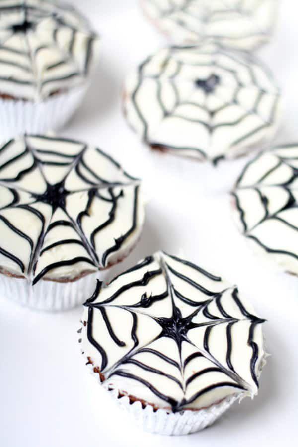 Spiderweb Cupcakes