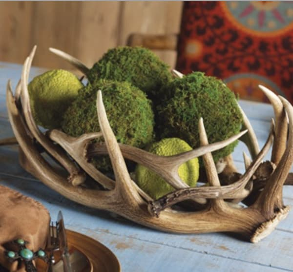 Antler-bowl-with-moss
