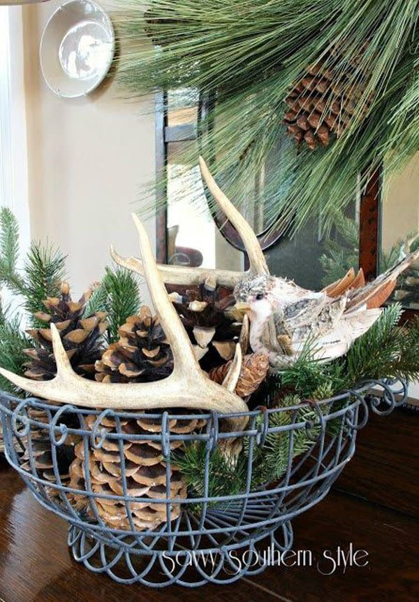 Antlers-and-pine-cones