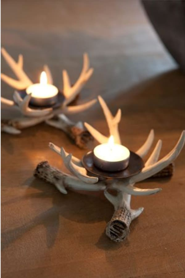 Antlers-with-tea-light-candles