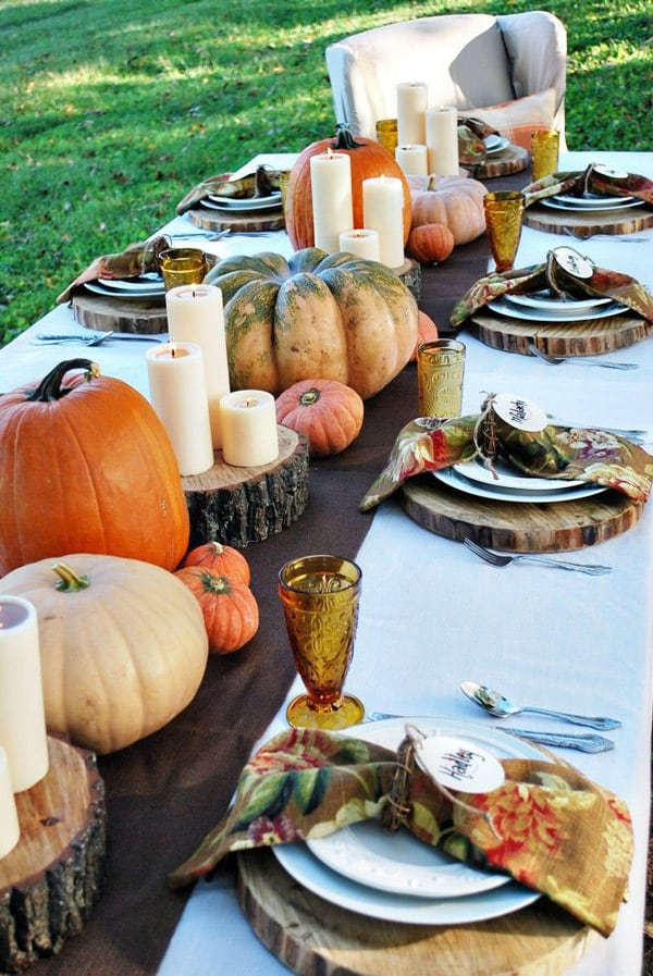 Traditional-pumpkins-and-candles