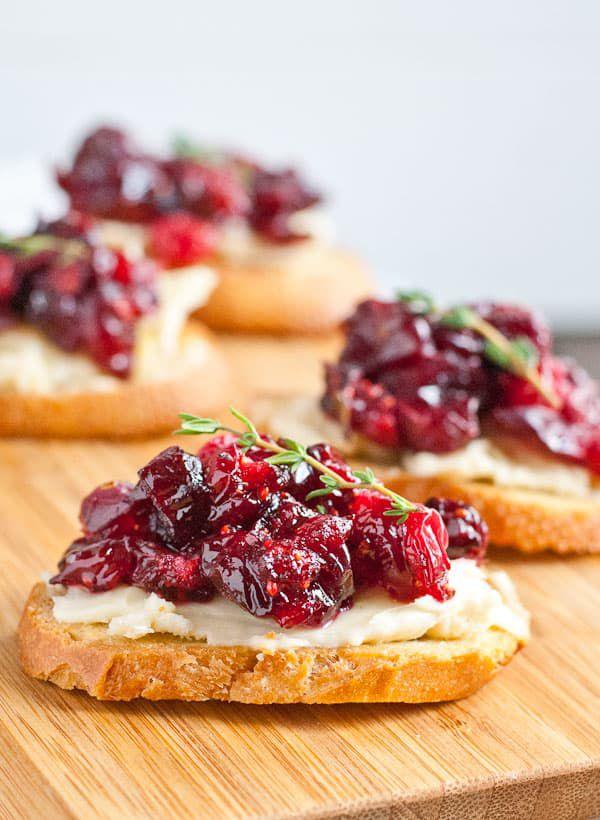 cranberry-brie-crostini