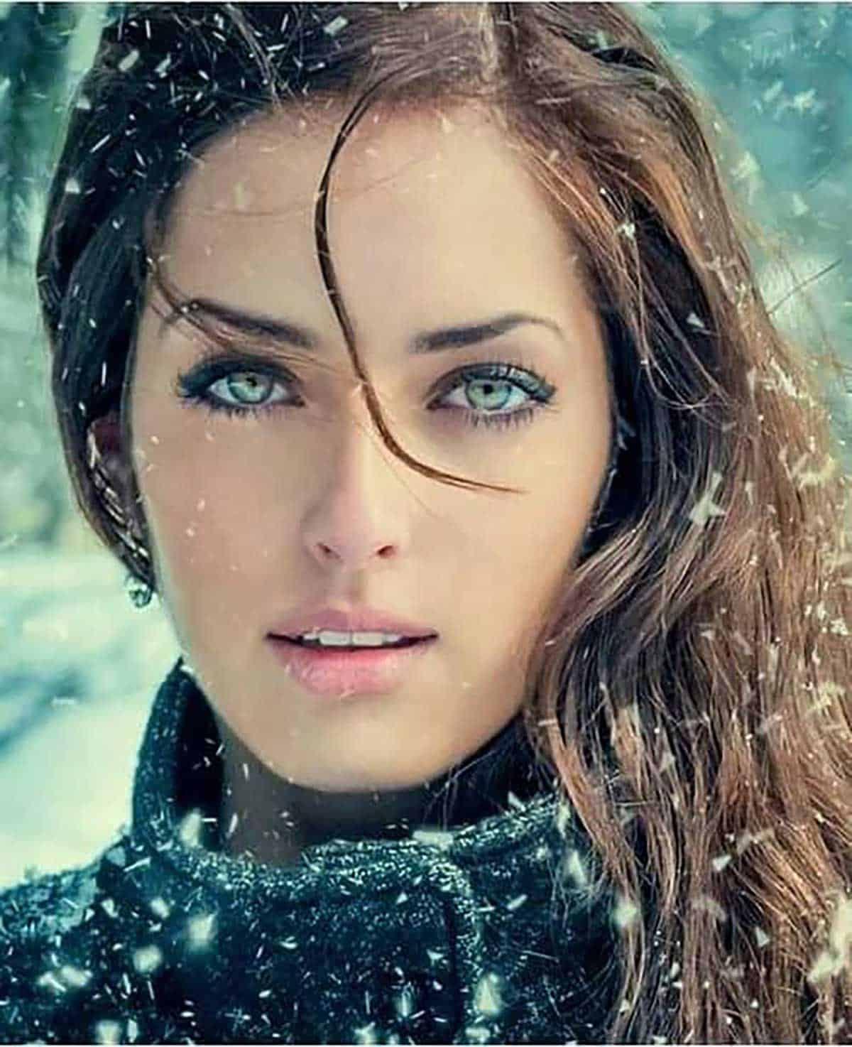 winter-model-cowgirl