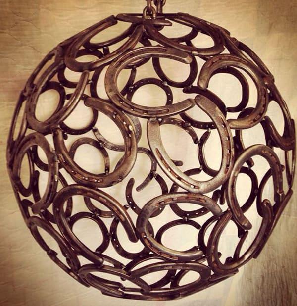 Horseshoe-chandelier