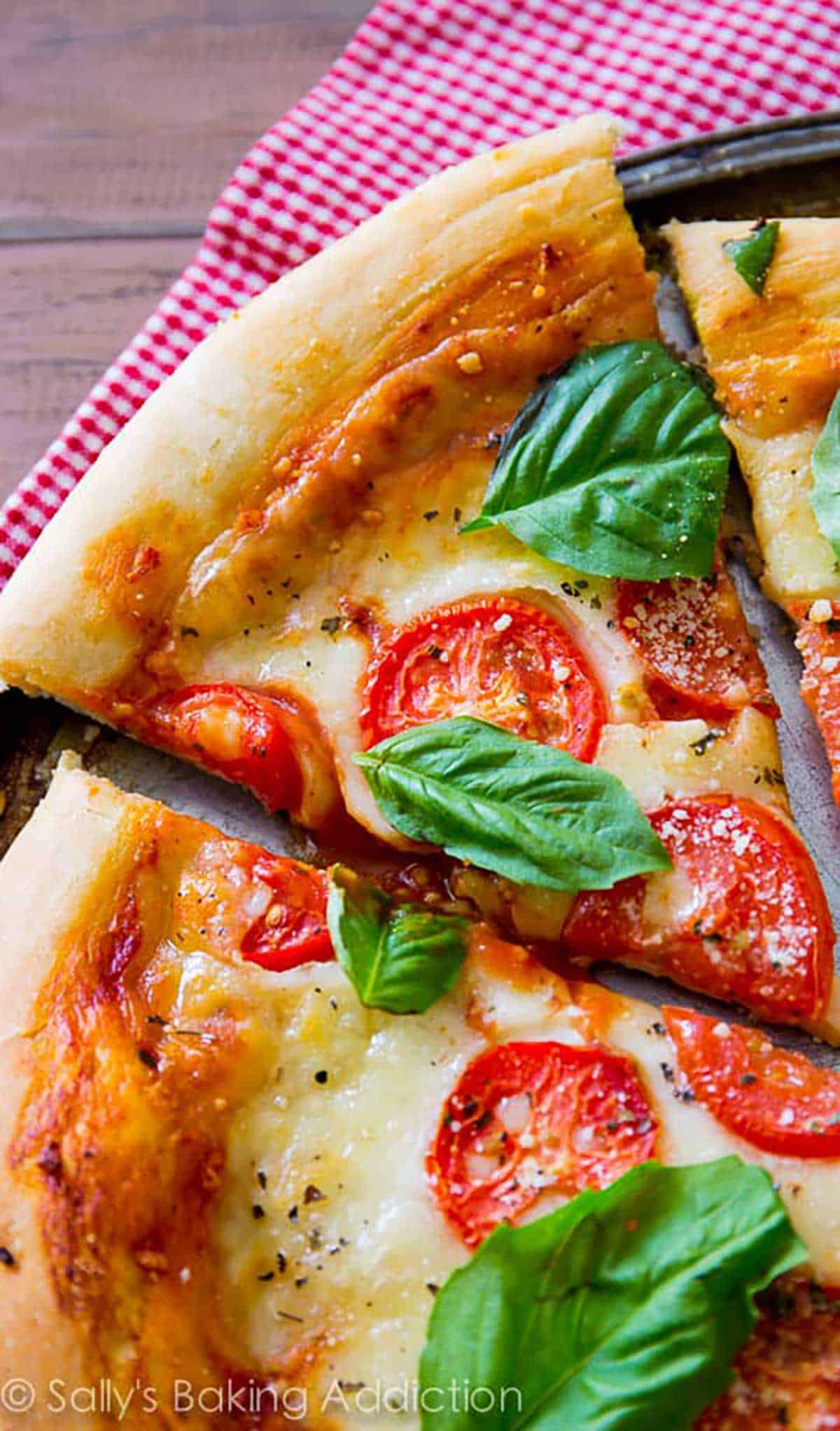 classic-margherita-pizza
