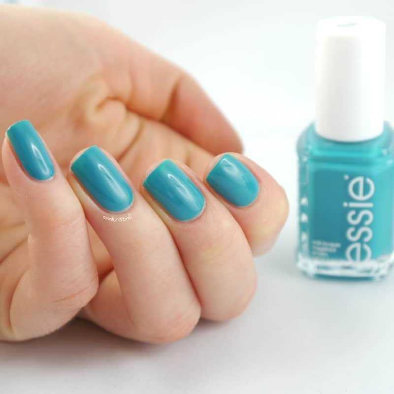 Thaw Away Winter With These Spring Nail Colors - Cowgirl Magazine
