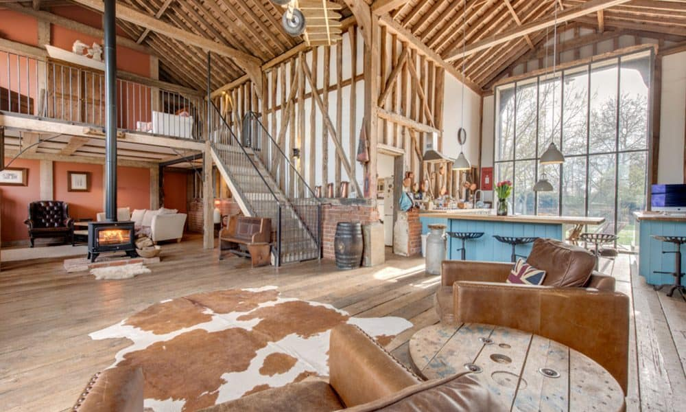 8 converted barn homes you 39 ll want to live in page 2 of 8 cowgirl magazine. Black Bedroom Furniture Sets. Home Design Ideas