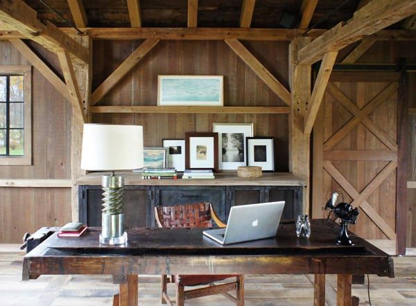 Chicken-coop-turned-into-an-office