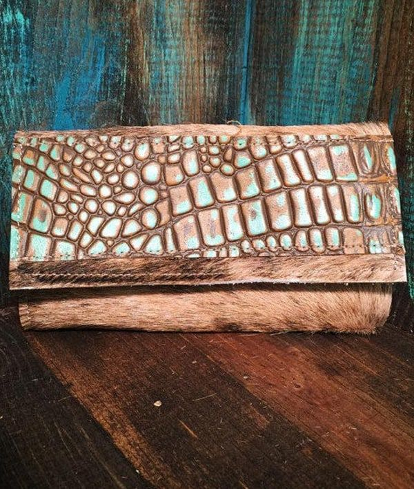 Cowgirl - Turquoise Alligator Wallet