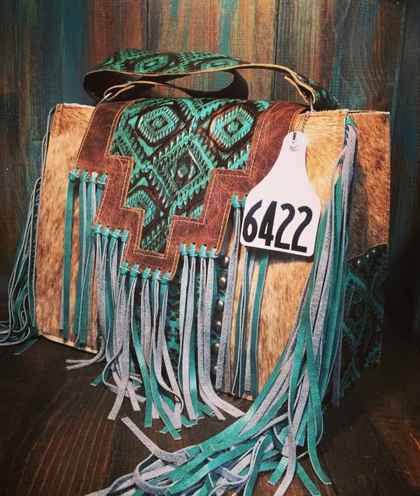 Cowgirl - Cowhide Tote with Fringe