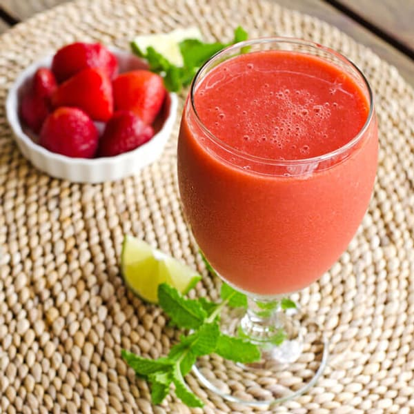 strawberry-mojito-smoothie