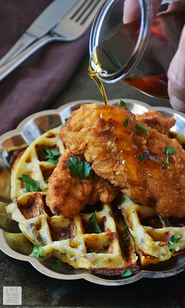 chicken-and-waffles-poutine