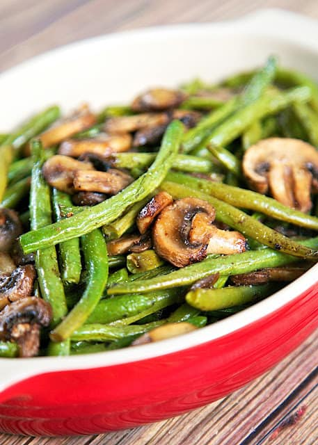 green-beans-and-mushrooms