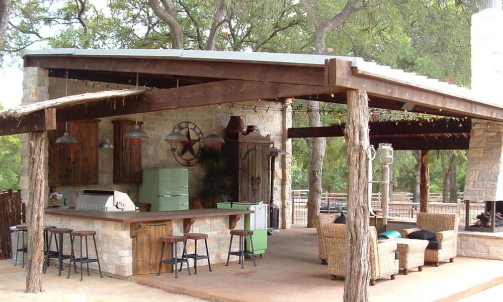 Dreamy outdoor patio and bar