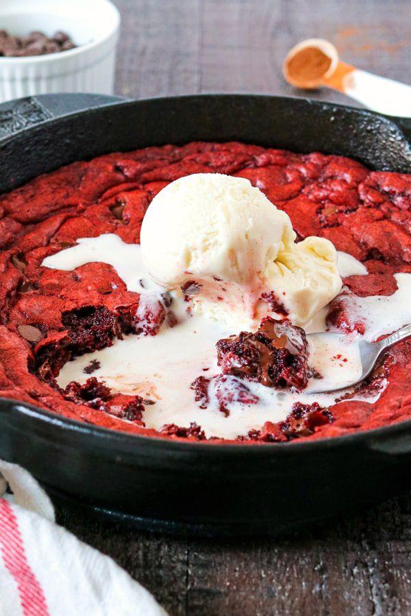 red-velvet-skillet-cookie