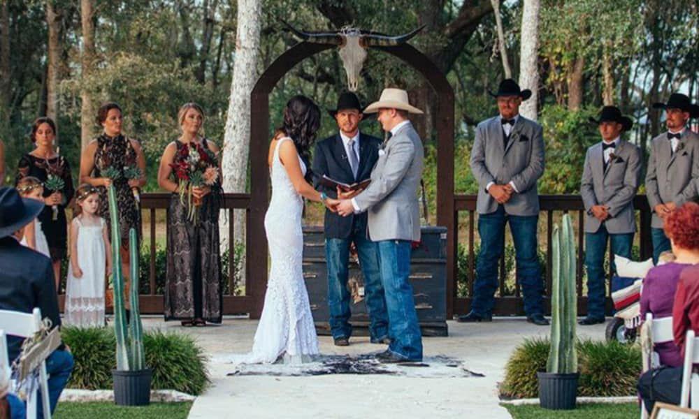 Wandering Rose Co Wedding Cowgirl Magazine