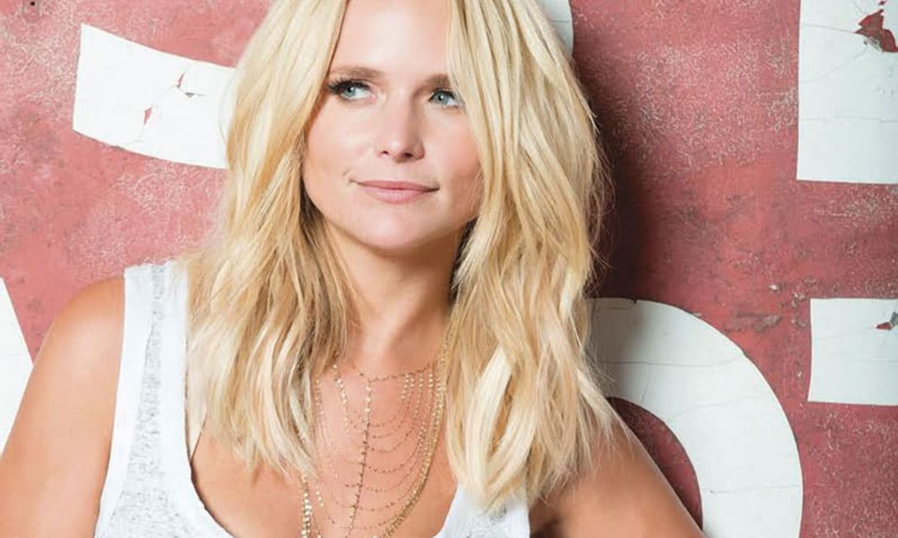 Miranda Lambert Singing Tin Man Unplugged CMA Awards Cowgirl Magazine