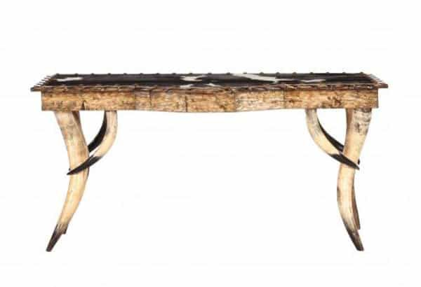 horn-sofa-table