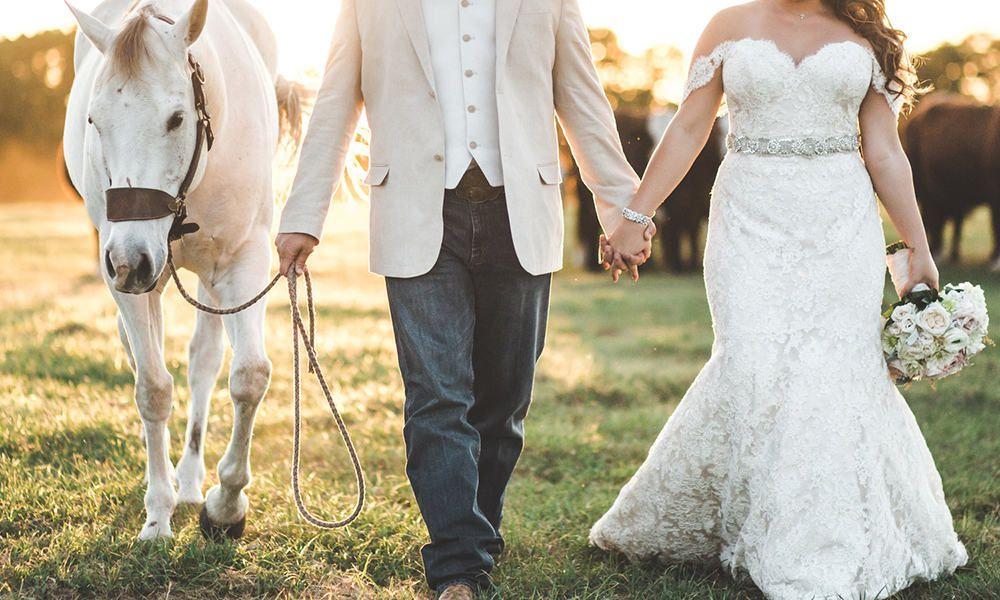 Cowgirl Wedding Photography Inspiration - COWGIRL Magazine