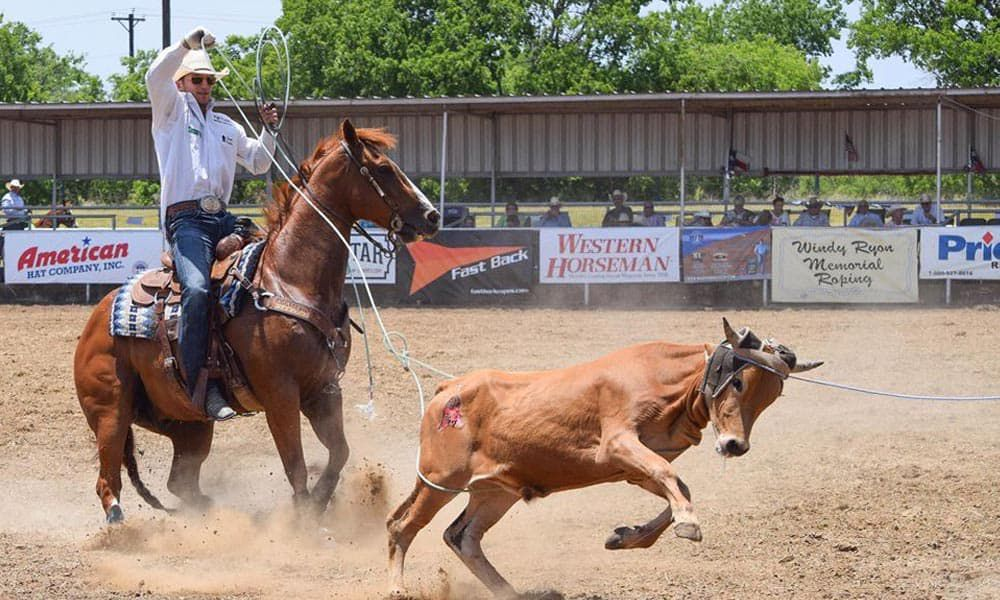 rodeo team roping photography hobby cowgirl magazine The Windy Ryon Memorial Roping