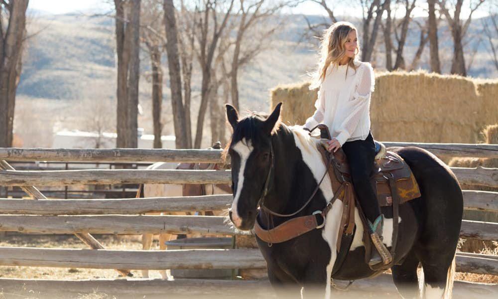 Sarah Darling Where Cowboys Ride Dream Country Cowgirl Magazine