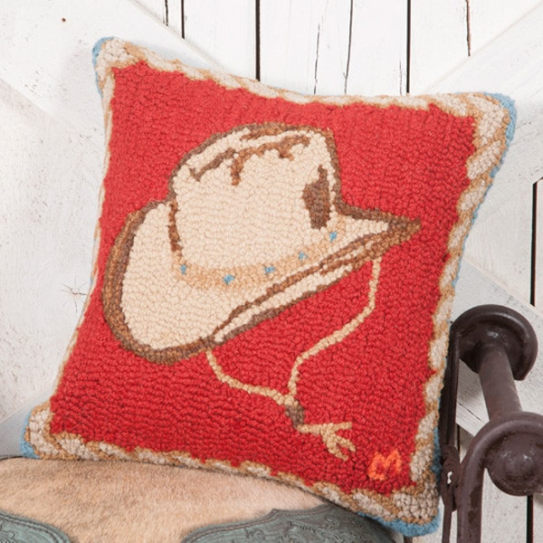 hooked-hat-pillow