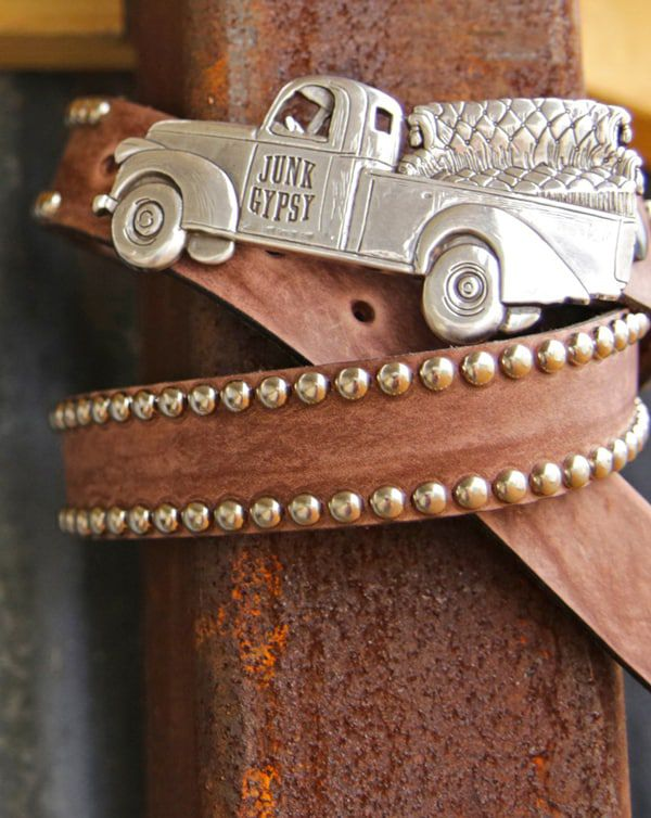junk-truck-buckle