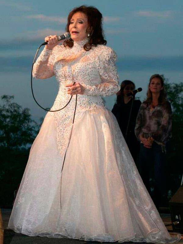 Loretta Lynn Gowns Loretta Lynn Halloween Costumes Dresses Cowgirl Magazine