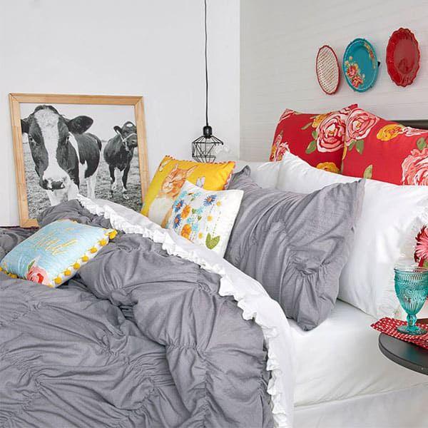 pioneer woman bedding bedroom bedding set comforter farmhouse ree Drummond cowgirl magazine