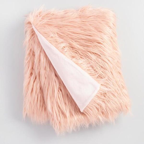 blush-faux-fur-throw