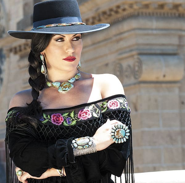 Santa Fe western fashion cowgirl fashion western chic cowgirl magazine