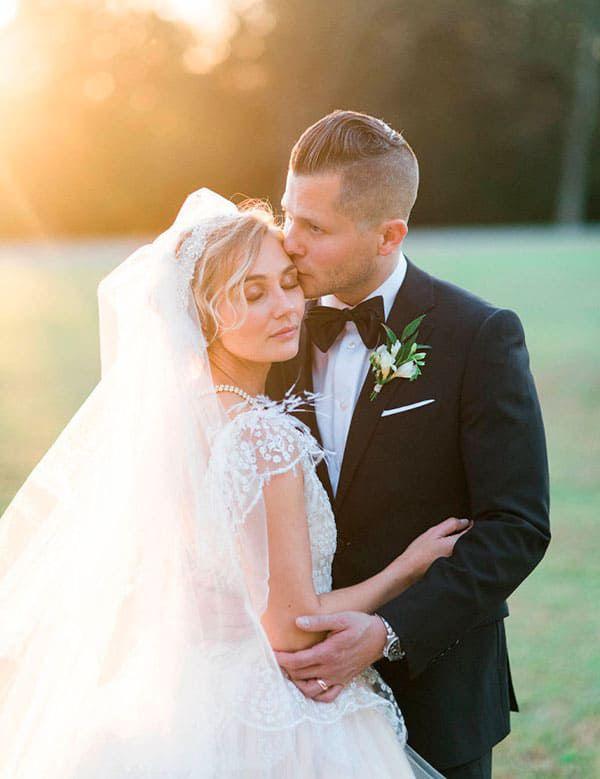 Clare Bowen Wedding Nashville Star Married Cowgirl Magazine