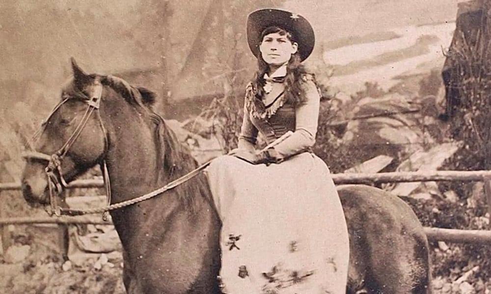 Annie Oakley Wild West History Iconic Females Cowgirl Magazine