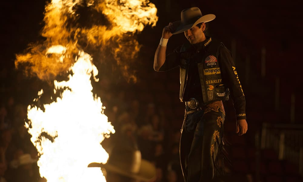 PBR Ak-Chin Invitational Bull Riders Silvano Alves Cowgirl Magazine