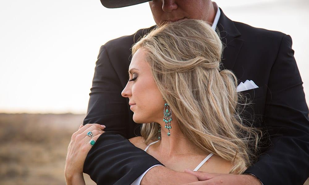 barn wedding country wedding cowgirl bride wedding photography