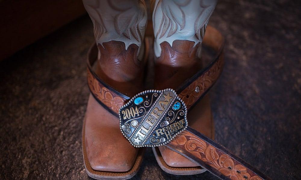 barn wedding country wedding cowboy boots wedding photography