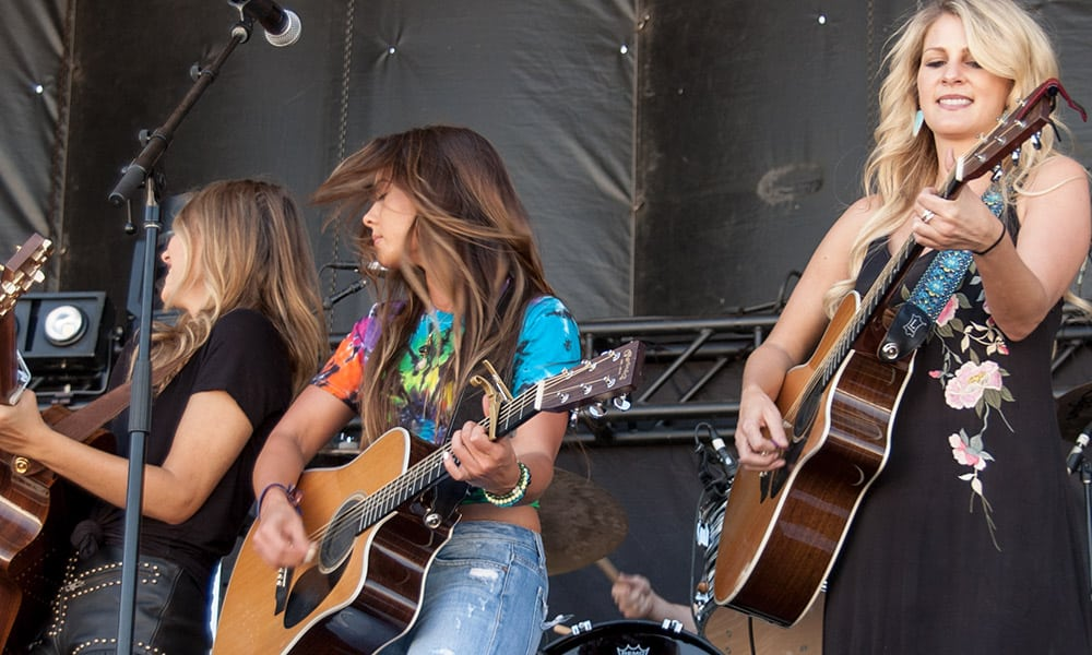 Country Thunder Runaway June Stacey Lorton Cowgirl Magazine