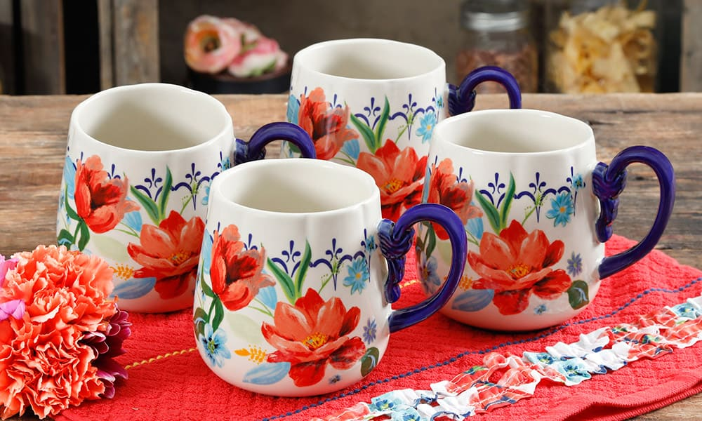 Ree drummond 39 s new walmart spring collection is here and for The pioneer woman magazine subscription